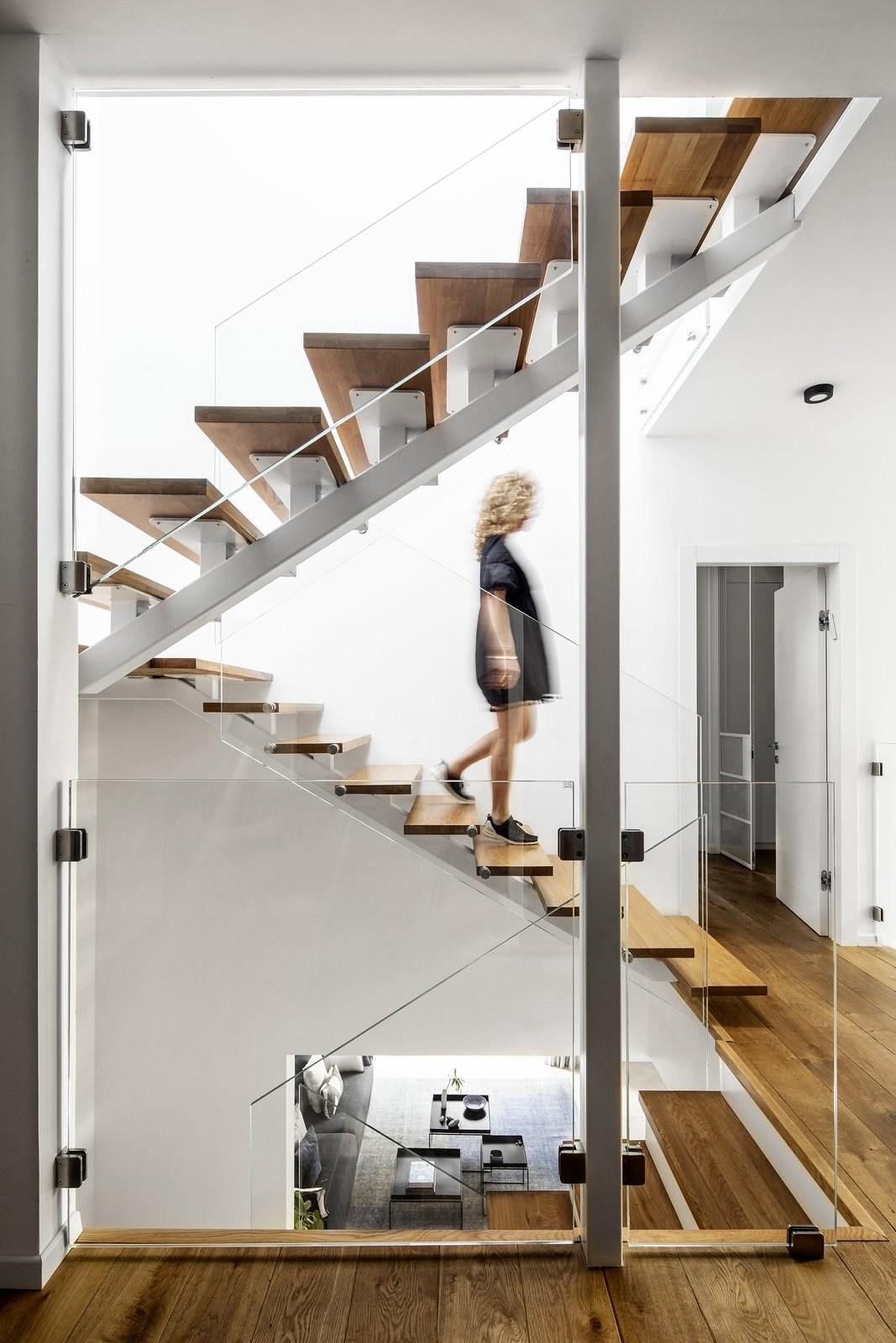 5 Modern Homes With Sophisticated Stairways Dwell | Second Floor Stairs Design | Floor Plan | Hall | 1St Floor Veranda | Outside | Most Beautiful