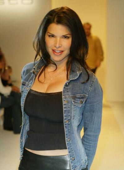 List of Synonyms and Antonyms of the Word: Lauren Sanchez