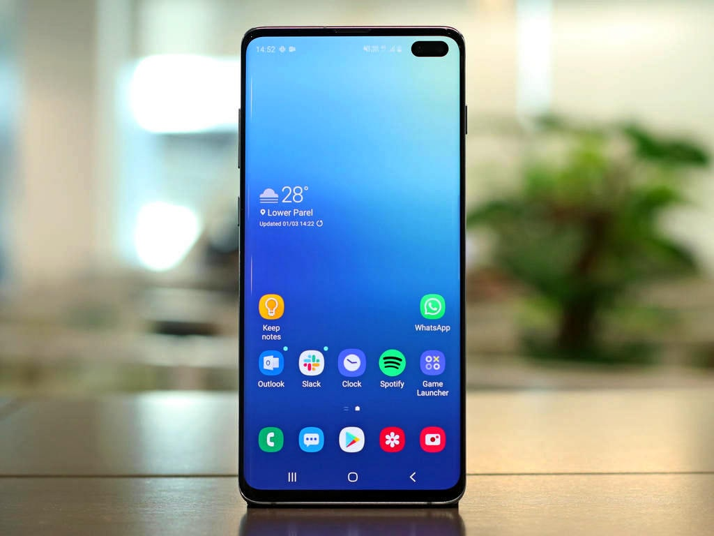 Samsung Galaxy S10 Plus review: A premium 2019 flagship ...