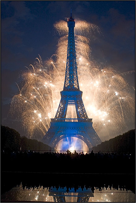 New Year in Paris   Friendly Rentals New Year in Paris