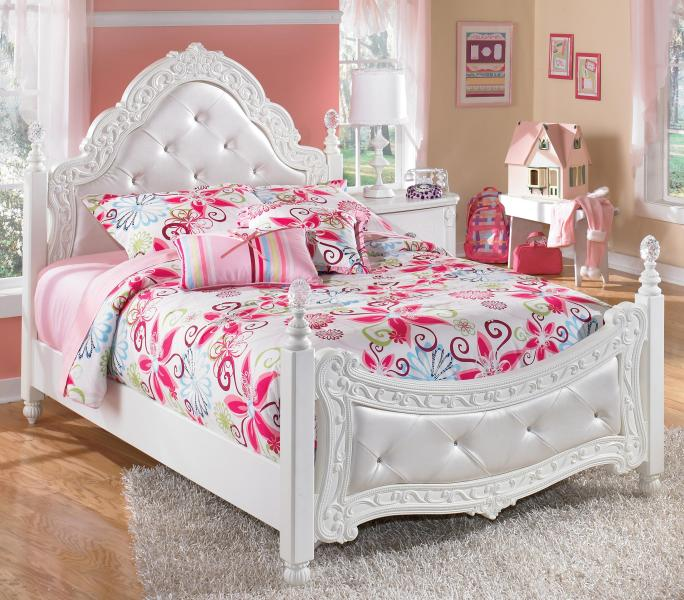 Signature Design by Ashley Exquisite Full Ornate Poster Bed with     Signature Design by Ashley Exquisite Full Poster Bed   Item Number  B188 72