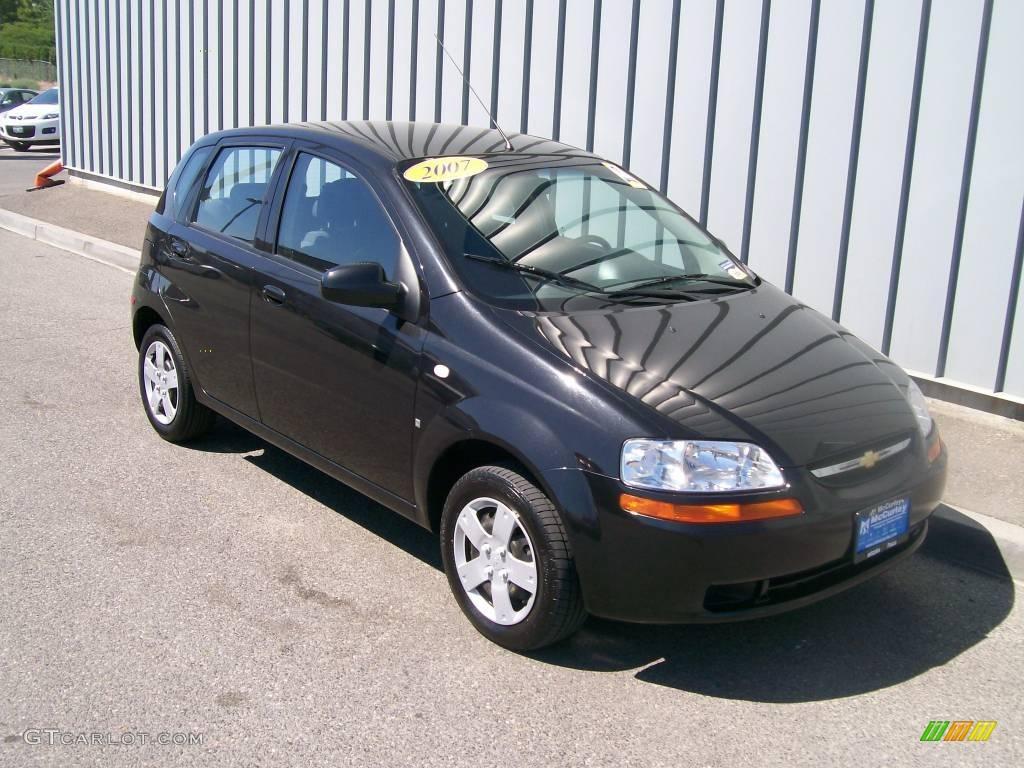 Black Aveo 2005 Hatchback Chevorlet