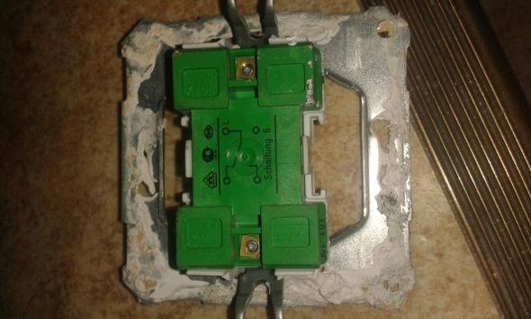 Lichtschalter-Montage Altbau Elektrik eielt (stromkreislauf)