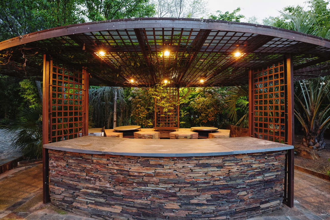 Fantastic Furniture Outdoor Settings