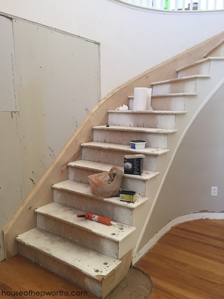 An Amazing Staircase Makeover From Carpet To Wood House Of | Carpeted Stairs To Hardwood | Textured | Fully Carpeted | Staircase | Wall To Wall Carpet | Dark Wood