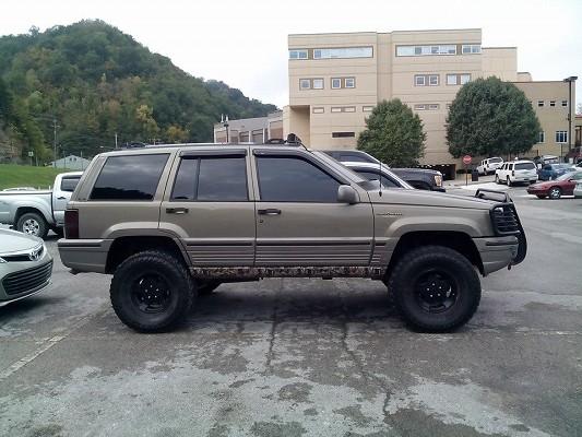 Lifted White 1995 Ltd Cherokee Grand