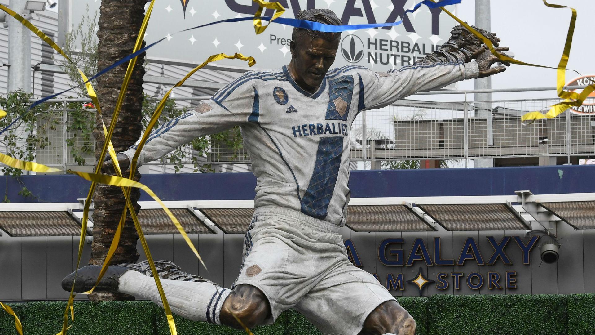 Galaxy unveil Beckham statue ahead of 2019 season opener ...
