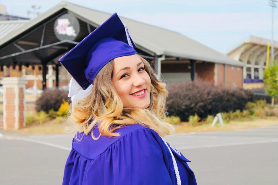 liz graduated school - HD1280×853