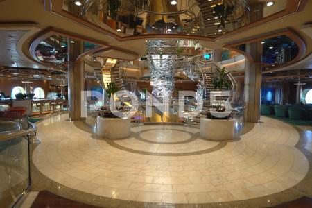 interior atrium designs » 4K Pictures | 4K Pictures [Full HQ Wallpaper]