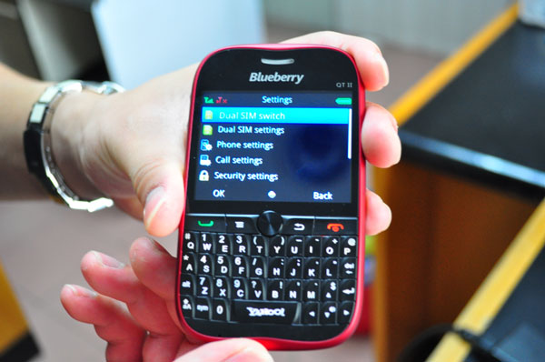 Malaysia S Csl Blueberry Most Disastrous Phone Name Ever