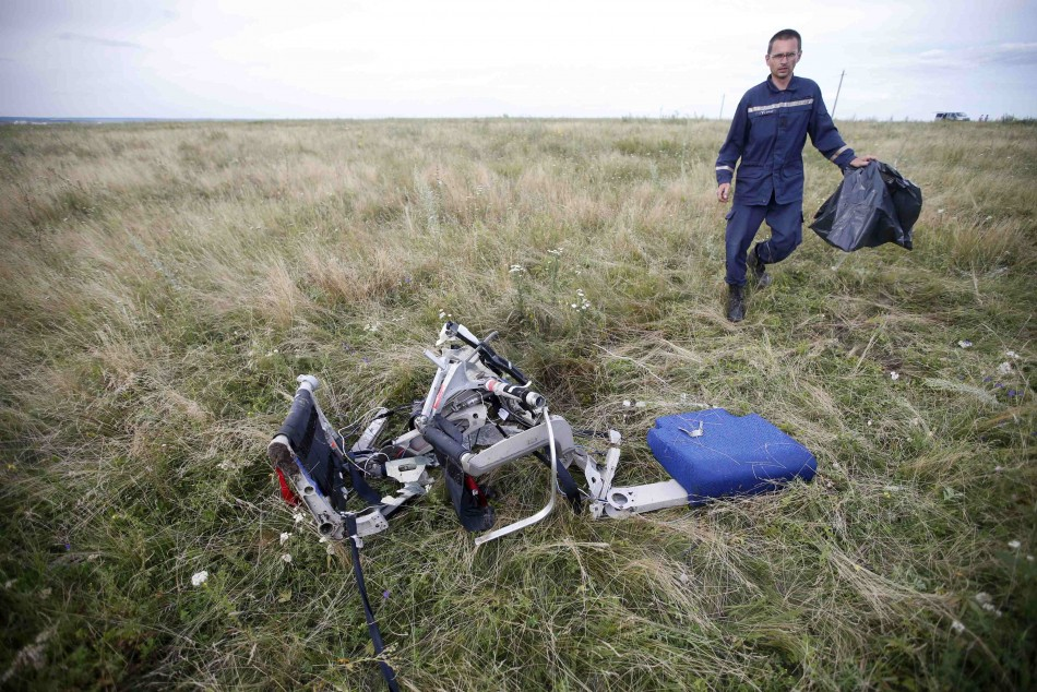 [FACT OR FAKE #64] Was MH17 Actually The Lost MAS Plane MH370?