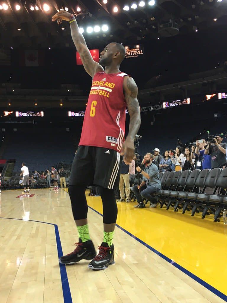 Kids Lebron Basketball Shoes