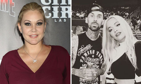 travis barker wife - 590×350