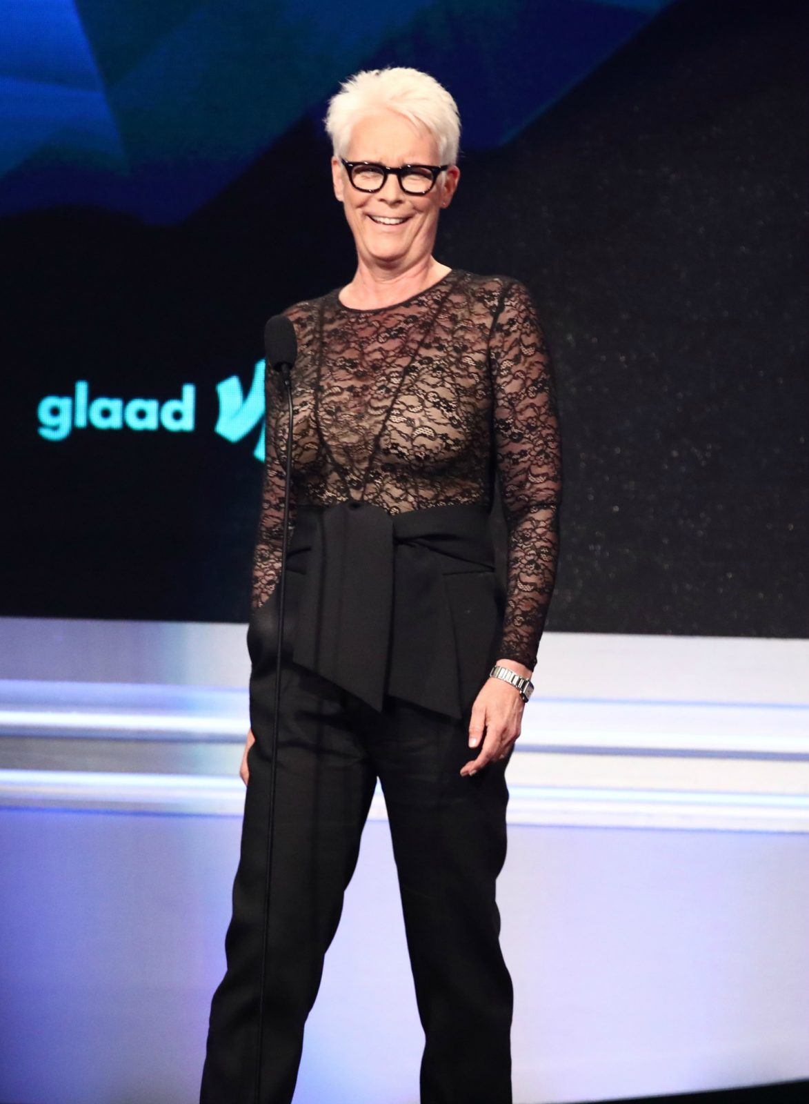 Jamie Lee Curtis shows off curves in stunning see-through ...