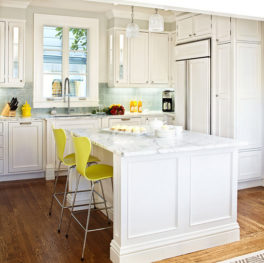 Design Ideas for White Kitchens   Traditional Home White Kitchen With Edgy Color