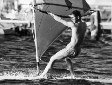 Vacanze reali: da Lady Diana a Kate Middleton, le cartoline vintage dal mare