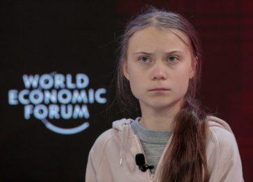 Greta Thunberg vittima di body shaming: «Strano anche per i miei standard»