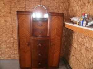 1930 S Tri Bond Ii Antique Bedroom Set 2 Dressers