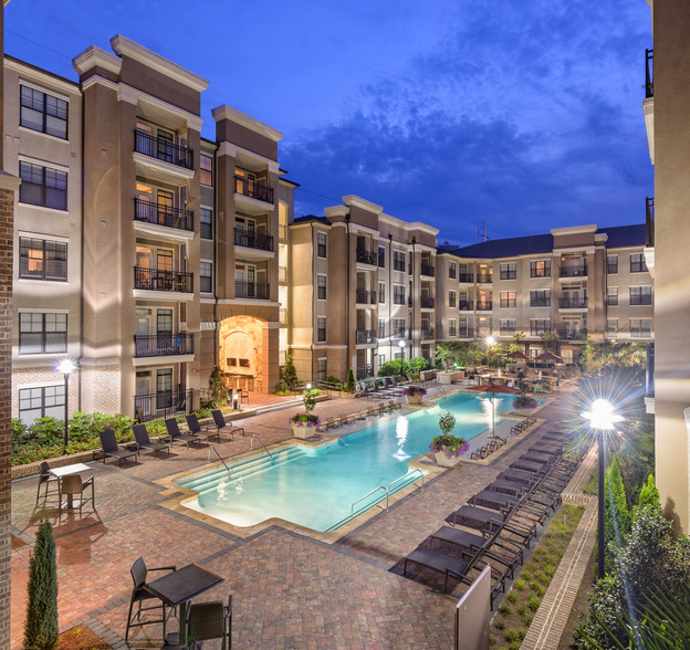 Heights Westchase Rentals Houston Tx Apartments Com