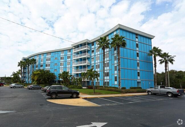 Wave Rentals Saint Petersburg Fl Apartments Com