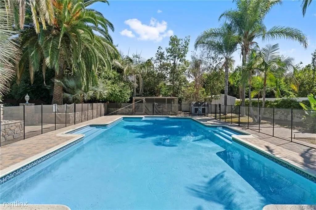 Beach Villa Apartments Long Beach