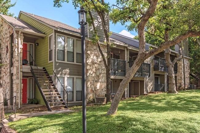 Salado Crossing Apartments Rentals San Antonio Tx