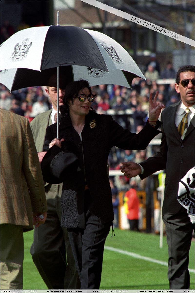 Michael In London 1999 Michael Jackson Photo 8144247