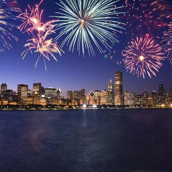 Cheap Things to Do on New Year s Eve in Chicago   USA Today Fireworks light up New Year s Eve in Chicago