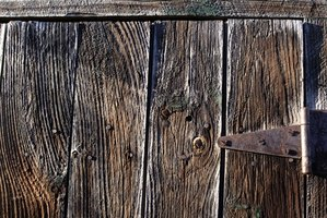 How To Update Barn Wood Walls Ehow