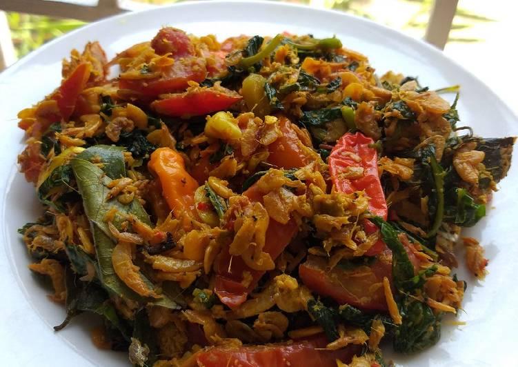 Resep Pepes Udang rebon pedas daun pepaya