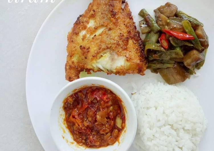 Resep Ikan nila goreng, sambal goreng dan terong kacang panjang tiram