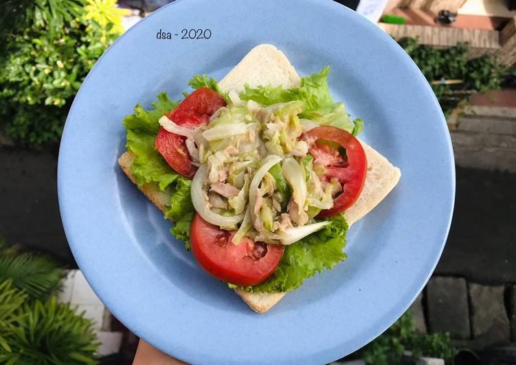 Resep Sandwich sawi tuna salad