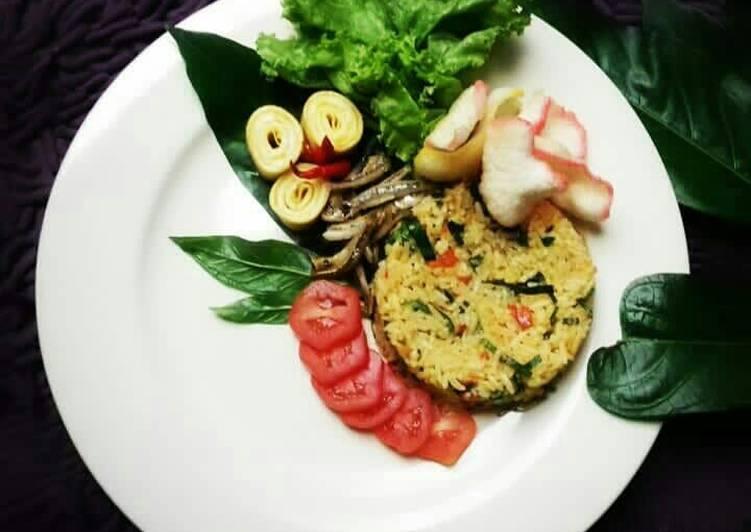 Resep Nasi Goreng Mengkudu bumbu instant