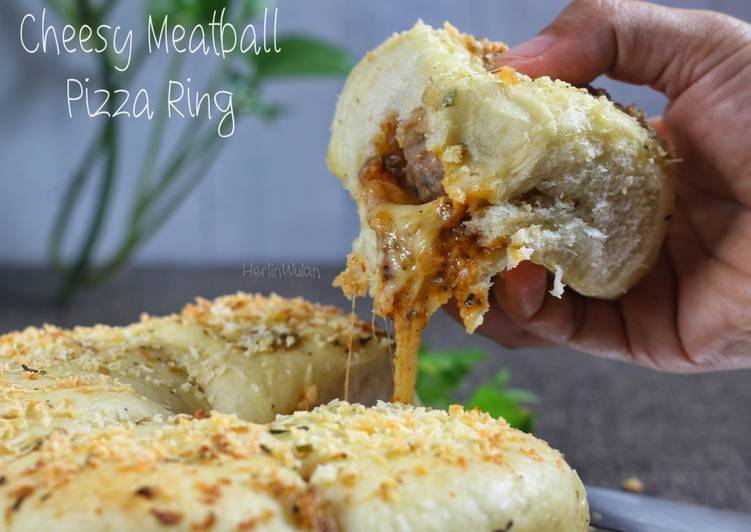 Resep Cheesy Meatball Pizza Ring