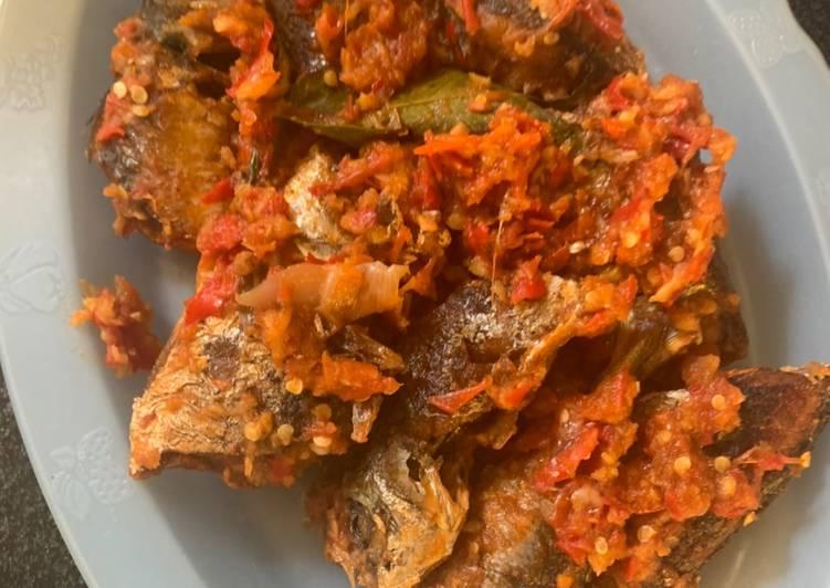 Resep Ikan Layang / Sarden / Dencis Sambal Tomat