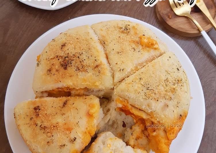Resep Cheesy Chickenball Pizza Ring