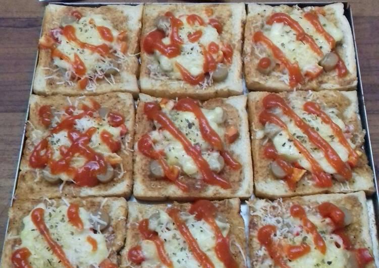 Resep Pizza Roti Tawar Saus Putih