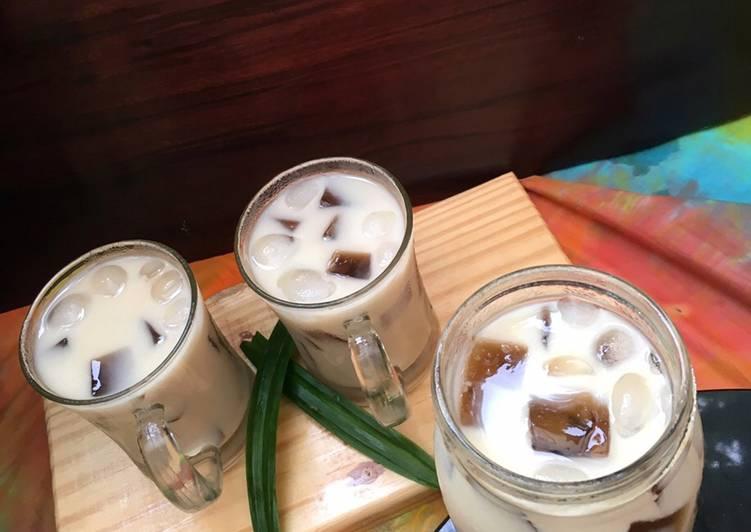 Resep Es cincau susu nutrijel dengan saus gula merah