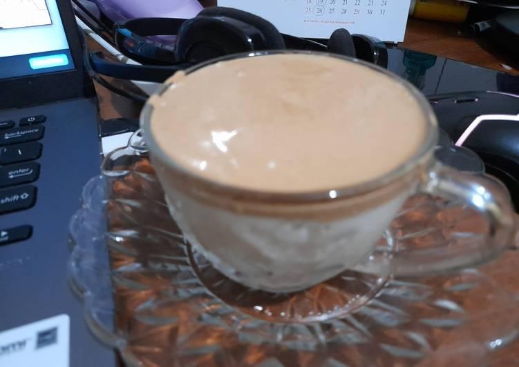 Resep Dalgona White Coffee