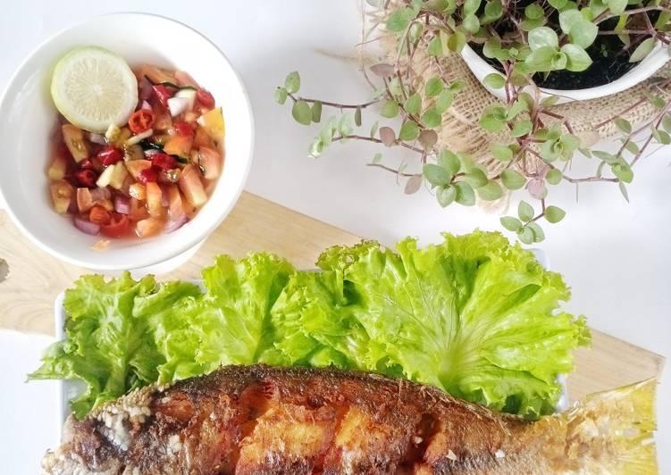 Resep Ikan goreng sambal matah