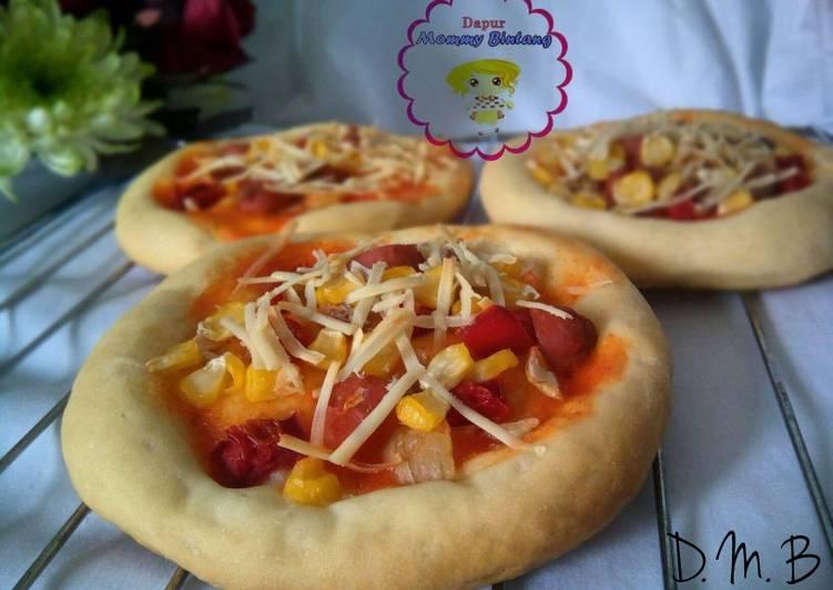 Resep Pizza mini topping jagung manis pipil