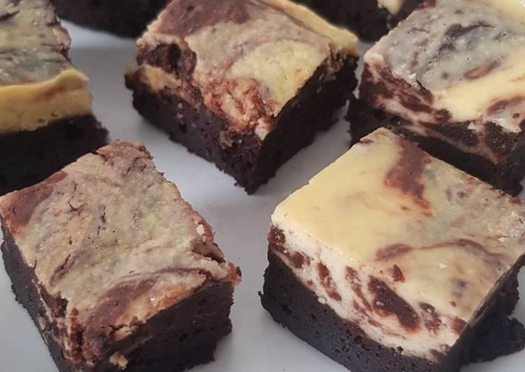 Resep Creamchesse marble brownies