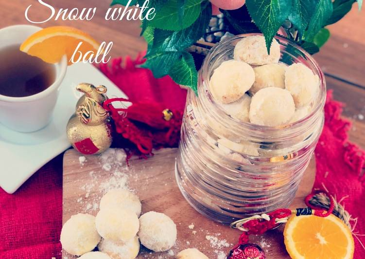 Resep Cheesy Snow White ball