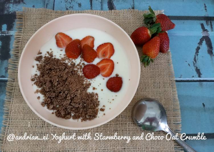Resep Yoghurt with Strawberry and Choco Oat Crumble