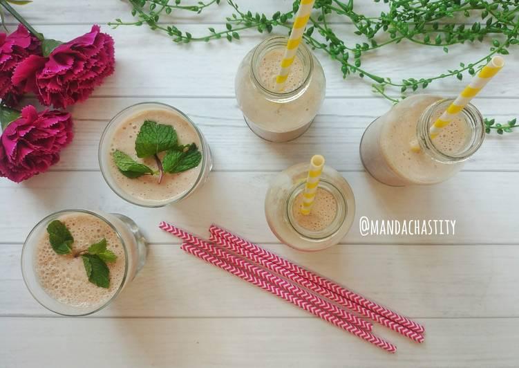 Resep Banana and Strawberry Milkshake #BikinRamadanBerkesan 8