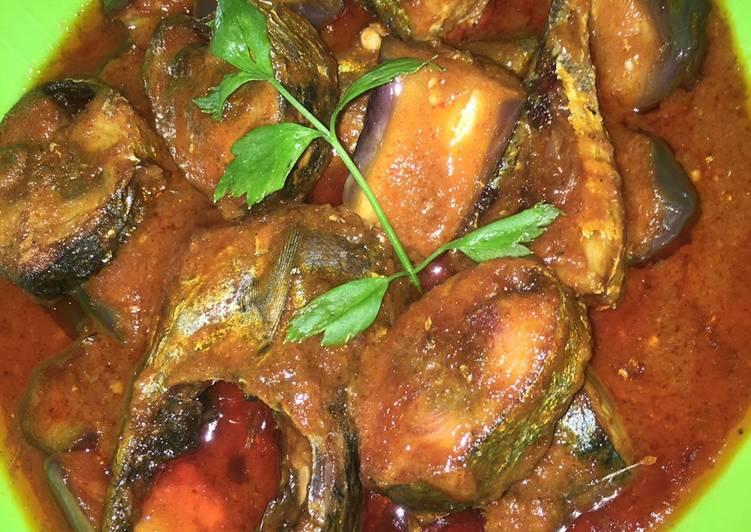 Resep Ikan tongkol+terong masak balado