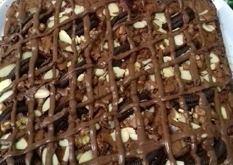 Resep Brownies topping oreo