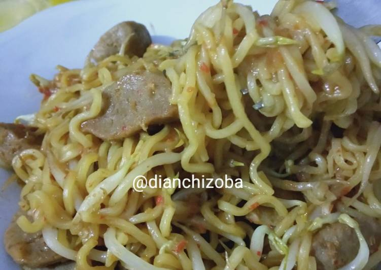 Resep Indomie goreng nyemek pedas