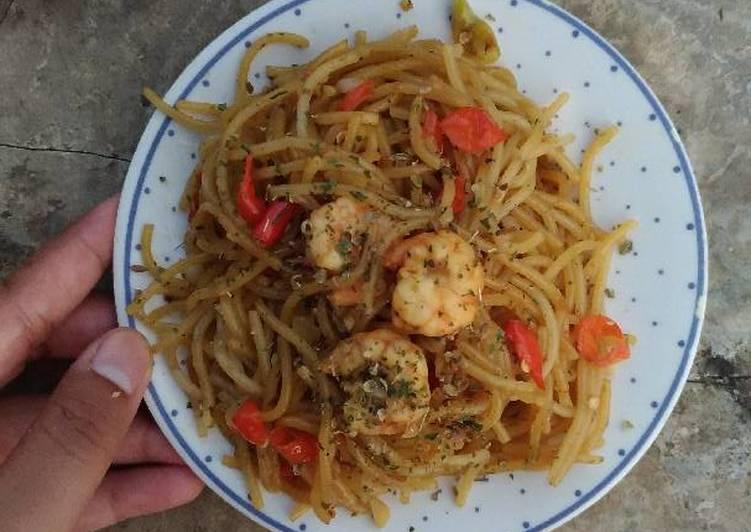 Resep Spaghetti aglio olio simpel