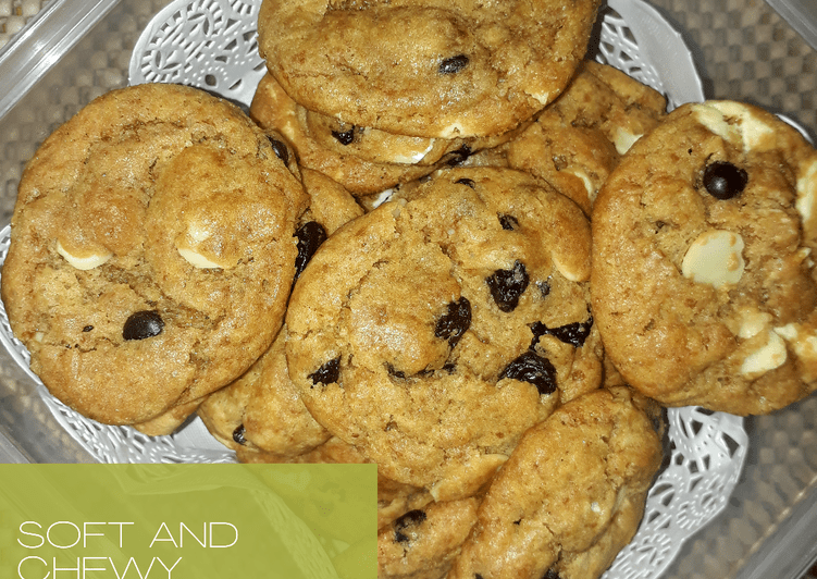 Resep Soft and Chewy Chocolate Chip Cookies